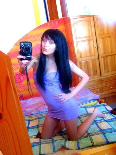 Dominica from California is looking for adult webcam chat
