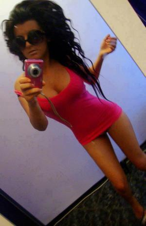 Donette from  is interested in nsa sex with a nice, young man